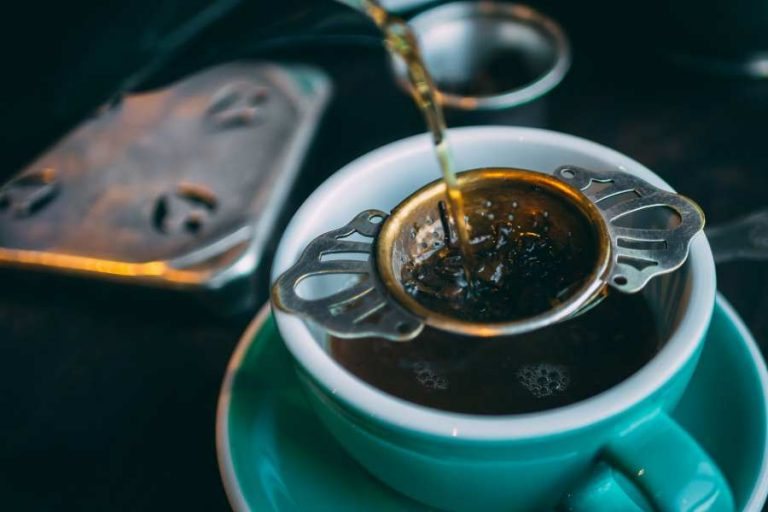 What Is a Tea Strainer?